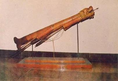 มังกรเหินน้ำ-อาวุธโบราณจีน